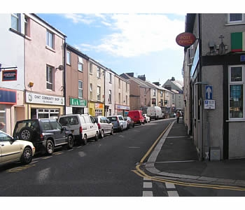 Photo Gallery Image - Views of Torpoint town centre